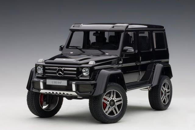 1:18 Mercedes-Benz G 500 4x4-2 (gloss black) 2016
