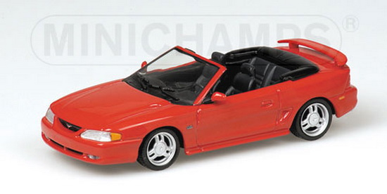 1:43 FORD MUSTANG CABRIOLET 1994 RED